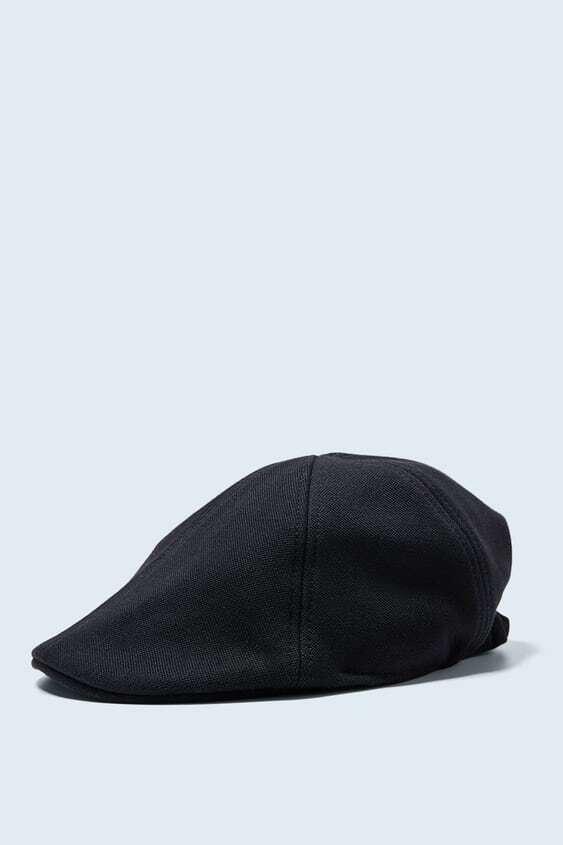 BLACK TEXTURED PIQUÉ CAP