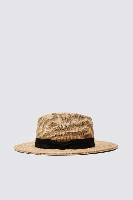 BROWN HAT WITH CONTRAST BAND