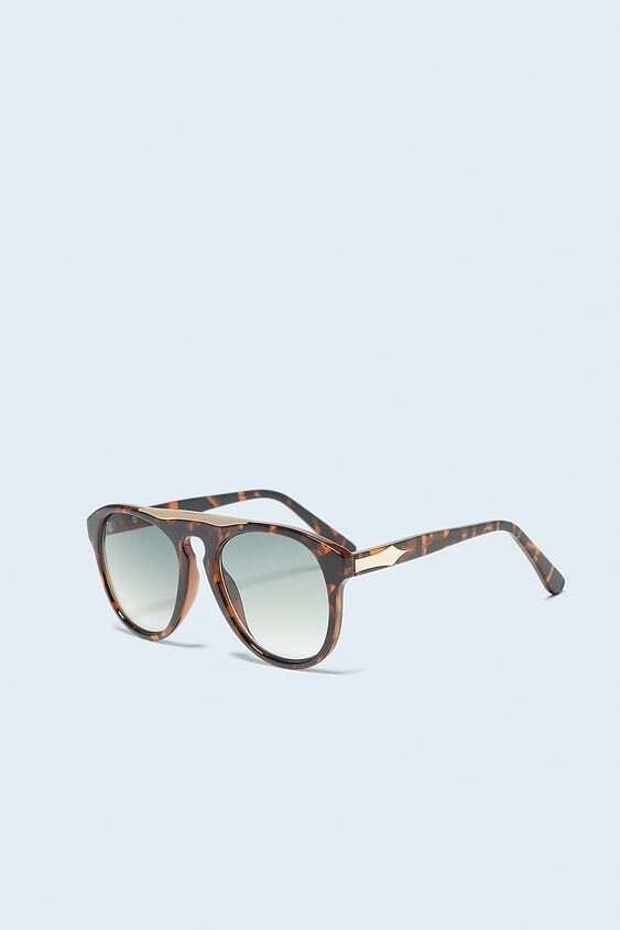 BROWN SUNGLASSES WITH RESIN FRAME