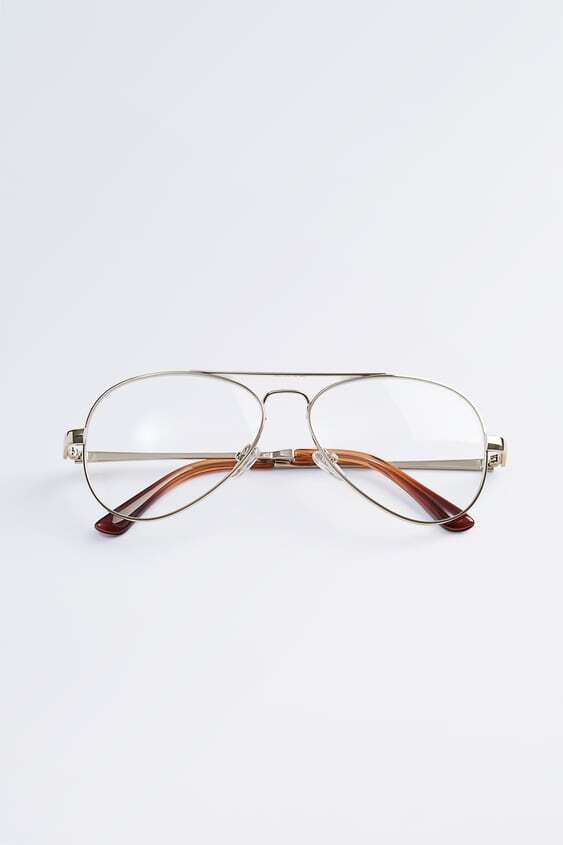 GOLDEN GLASSES WITH CLEAR LENSES