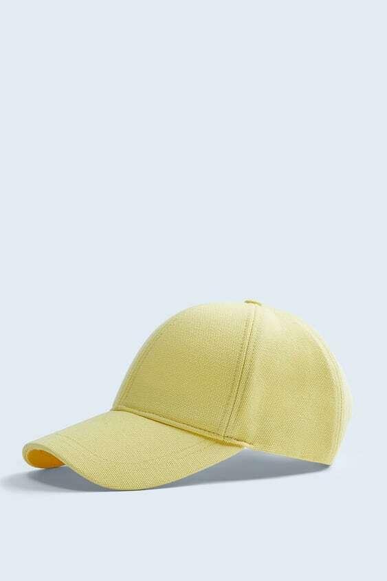YELLOW TEXTURED COLOURED CAP